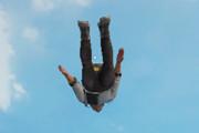 绝地求生刺激战场跳伞技巧 刺激战场怎么跳伞到丰富资源地区